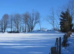 La neige est toujours présente.
