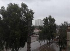 Ciel Oran Pluie forte