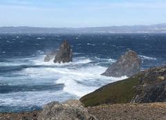 Vent et mer forte au Cap Des Mèdes à Porquerolles