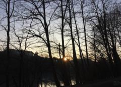 Le soleil se couche sur l'Isère