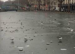 Canal Saint Martin gelé