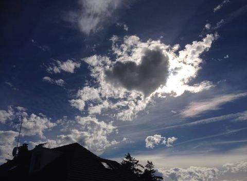 L'amour est dans le ciel