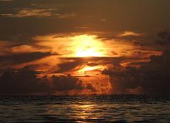 Ciel Outu-Maoro 98702 Coucher de soleil Haapiti
