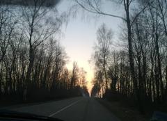 Le soleil se lève.