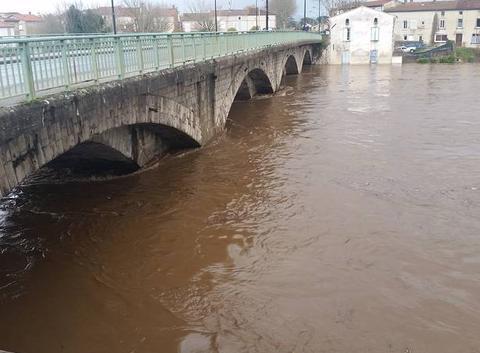 La rivière Thore en crue