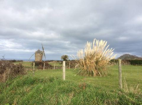 Ciel chargé au moulin de Craca à Plouézec