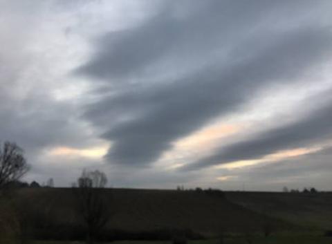 7h50 Ciel nuageux, 6 degrés