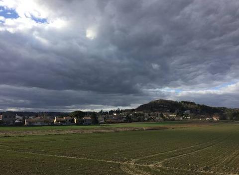 Impressionnants nuages sur coteaux moursois hier après-midi