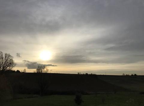 8h30 Ciel gris et or   9degrés