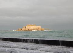 Ciel Saint-Malo 35400 Éclaircie sur le Fort National de St Malo