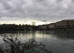 Cuel de giboulées sur les quais d'Isère