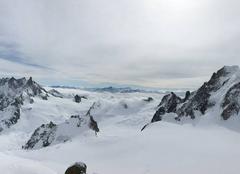 Neige Chamonix-Mont-Blanc 74400 Au sommet du Mont blanc