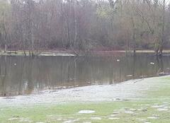 Pluie L'Isle-Adam 95290 L'étang des trois sources