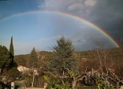 Ciel Espira-de-Conflent 66320 Arc en ciel au dessus d' Espira de Conflent cet après-midi