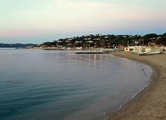 Mer Sainte-Maxime 83120 C'est cool de se promener au petit matin