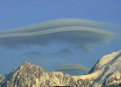 Nuages Lenticulaires & Massif du Mont Blanc