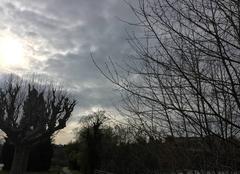 Une éclaircie dans le ciel