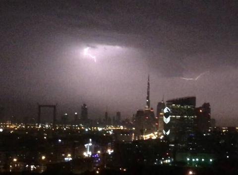 Dubai sous l'orage