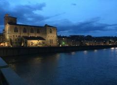 Crépuscule sur les quais d'Isère hier soir