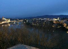 Panoramique des quais d'Isère au crépuscule