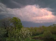 Orage Martiel 12200 Des orages eclate ce soir un peu partout dans l'ouest aveyron ici un eclair