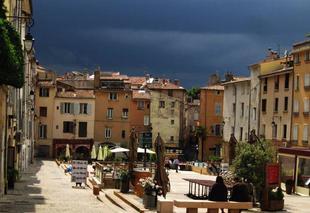 Orage Aix-en-Provence 13100 Orage d'été á Aix en provence