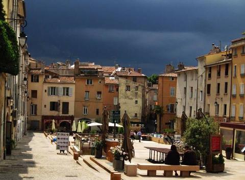 Orage d'été á Aix en provence