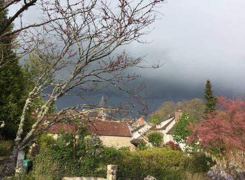 L'orage approche sur Dampierre