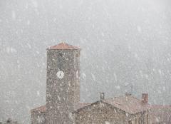 Neige La Chapelle-de-Mardore 69240 La neige s'invite en cette fin d'après-midi !