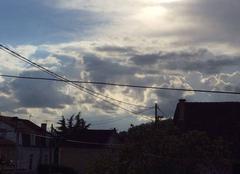 Orage Trelissac 24750 Soleil couchant et nuages d'orage à Trelissac