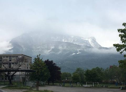 Neige 400 m Grenoble