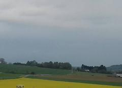 Nuages Vaumort 89320 L'orage arrive