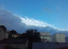 Ciel La Seyne-sur-Mer 83500 Encore un effort et on attaque le bleu..