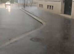 Orage Tours 37000 Tours pas de précipitation......