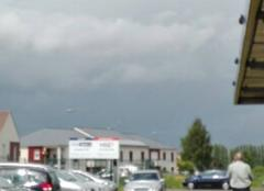 Nuages Puiseux-Pontoise 95650 Nuageux risque de pluie et d'orage violent