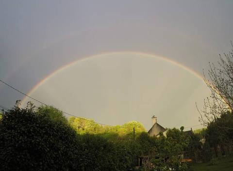 Magnifique double arc-en-ciel A Selens (02 Aisne)