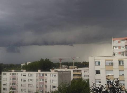 L 'orage arrive ...
