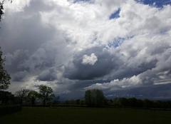 Nuages Villers 42460 Un coeur dans l'orage