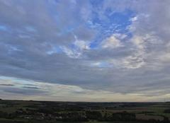 Ciel Fresnicourt-le-Dolmen 62150 Ciel nuageux en soirée au-dessus d'Olhain