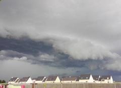 Nuages Mainvilliers 28300 L'orage arrive