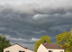 Orage Les Mureaux 78130 Arrivée des orages dans les Yvelines