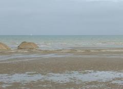 Mer Leffrinckoucke 59495 Mer du Nord - calme - matin du 18/05