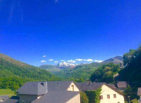 Ciel bleu dans les Pyrénées