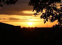Ciel Bonnemaison 14260 Quand le soleil se pointe à l'horizon...