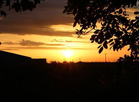 Quand le soleil se pointe à l'horizon...