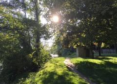 Ciel Romans-sur-Isere 26100 Soleil matinal sur les berges d'Isère