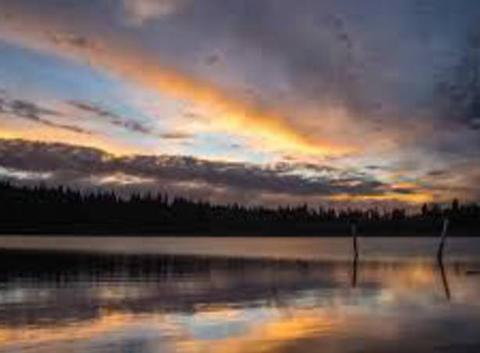 Coucher de soleil Lac Pavin