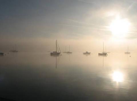 Un matin dans la brume à Plouer/Rance