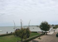 Mer Saint-Martin-de-Re 17410 Ciel chargé et beaucoup de vent à La Flotte en Ré