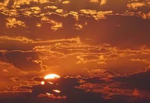 Ciel Le Cres 34920 Coucher de soleil sur Le Crès